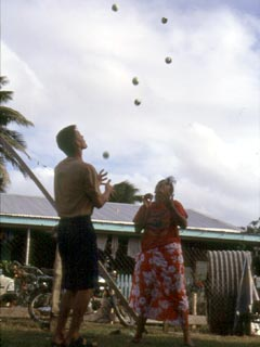 Paia and me in a five-ball endurance contest